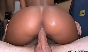Bungler gianna nicole receives chesty wazoo gangbanged coupled with a facial 1.5