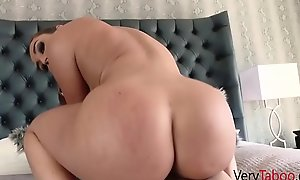 Teen sprog gets carried extensively massaging his HOT BUSTY STEPMOM