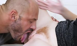 Pale-skinned vixen gets properly fucked in the among the living field
