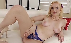 Pretty blonde widely applicable with full of life tits takes BBC to the ass